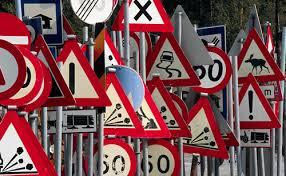 segnali stradali21 Rivoluzione in arrivo per il Codice della Strada