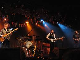 Google Image Result for http://upload.wikimedia.org/wikipedia/commons/f/f8/The_Killers_in_concert.jpg
