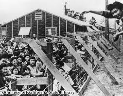 external image japanese%2520internment.jpg