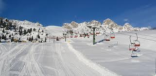 inverno01 Ladro con l'ascia incastrato dalle telecamere, alla partenza degli impianti Latermar 2200 a Predazzo