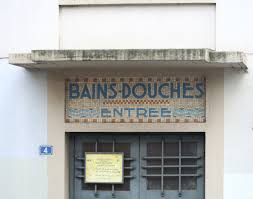 Construire ses meubles is another domain name for sale by Thierry Dambermont