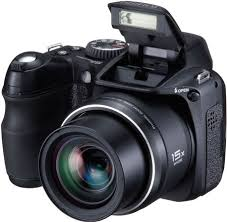 fuji s2000hd thumb 450x442 Fuji FinePix S2000HD 10MP Digital Camera   $209 Shipped