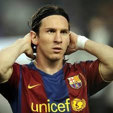 http://tbn2.google.com/images?q=tbn:wEQ6CnLzEFaZ6M:http://www.football.co.uk/shared/images/news/400x400_1208977780_spt_ai_barcelonavmanutd_10.jpg