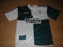 http://tbn2.google.com/images?q=tbn:z2FezzrZoR8LaM:http://www.oldfootballshirts.com/img/season_shirts/liverpool-away-shirt-1995-to-1997-s_70_1.jpg